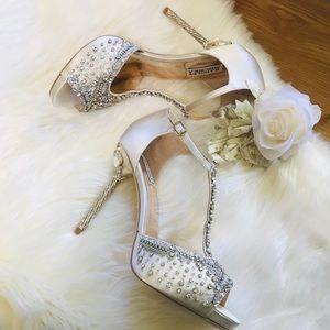 Badgley Mischka Stacey T Strap Heels